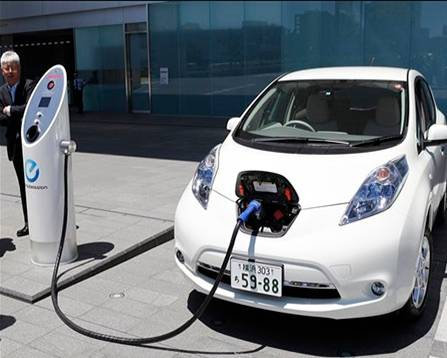 Experts predict a boom in electric vehicle sales in 2021